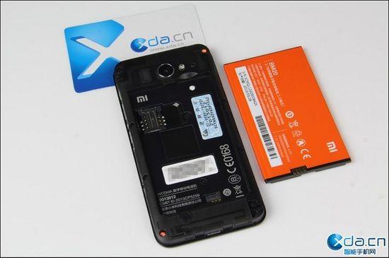 小米手机2S拆解 中规中矩做工粗糙
