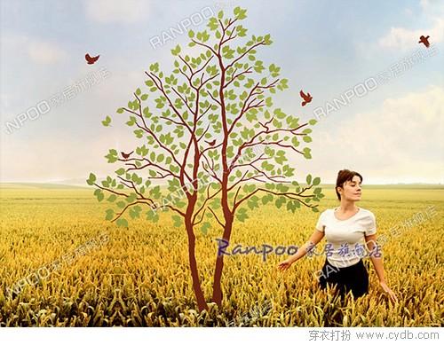 这是一款需要自己动手拼贴的墙贴,枝干,树叶和小鸟自由组合,充分享受