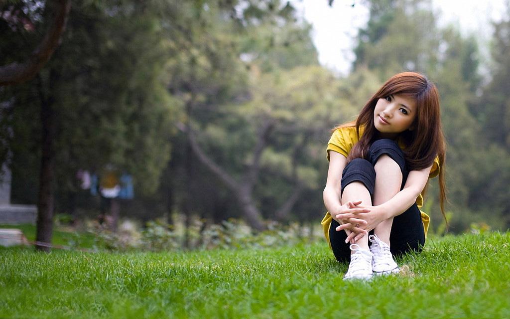 乔四爷的照片_ps打造柔美韩系色调外景女孩照片