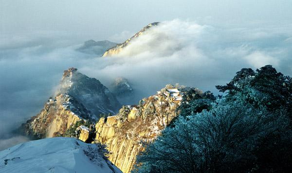 如水墨画般的飘雪世界 冬季游华山旅游攻略