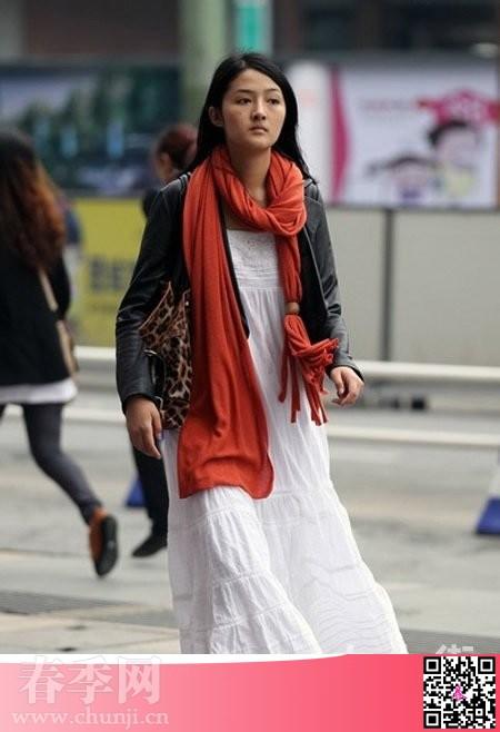 冬季杭州街头美女衣服搭配拍摄
