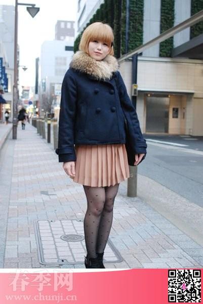 春天日本街拍丝袜美腿街头达人图片