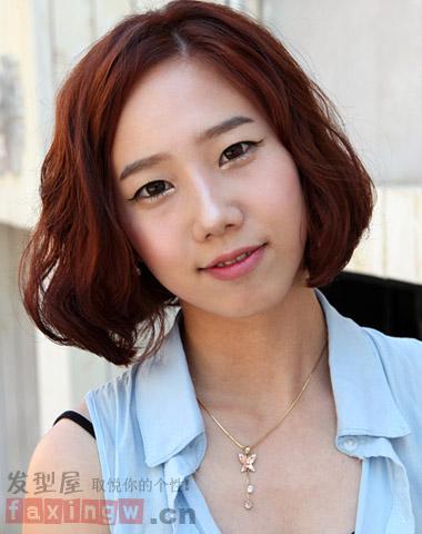 女生头型与发型 空气感短发烫发修出完美头型图片