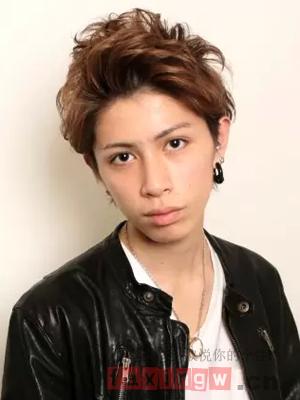 男生时尚卷发发型图片图片