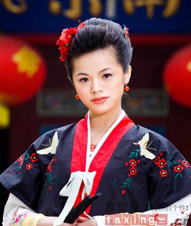华美古装发型与汉服饰搭配图片鉴赏 典雅高贵中国风图片