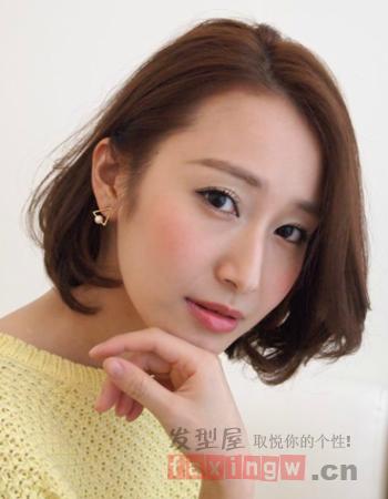 女生短发烫发发型 金秋尽显清爽气质图片