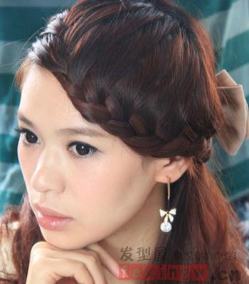 2014最新刘海编发发型 突显你的精致脸蛋