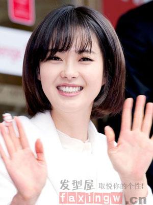 发型,今天小编带来的这一组清新的韩式短发,很适合大脸mm们拿来修饰图片