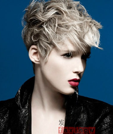 短发中发型帅气短发v短发欧美风气质女生彰显ola短发发型娜奥美丽莎短头发图图片