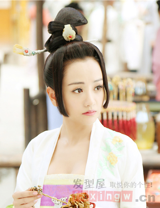 《美人制造》女主角杨蓉古装发型图片欣赏