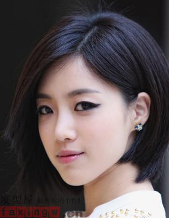 气质短发发型 做精致魅力女人