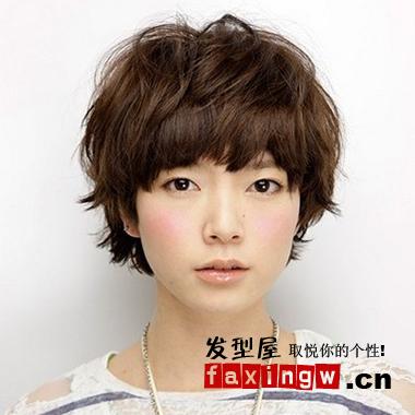 2013女生可爱短发发型图片
