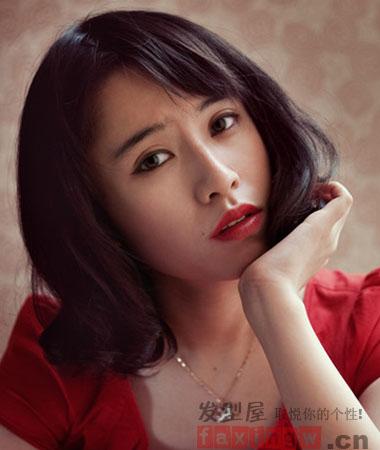 女生俏皮韩式短发发型 胖圆脸妹纸瘦脸修颜利器