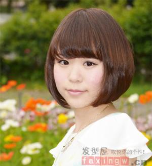 国字脸适合什么发型 清爽短发瘦脸又减龄图片