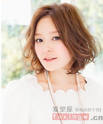 短发发型图片 秋冬梨花头时尚显潮流图片