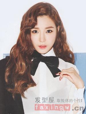 韩式长发大卷发型盘点 打造初秋浪漫女人味图片