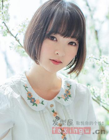小圆脸适合什么发型 清纯平刘海甜美十足图片