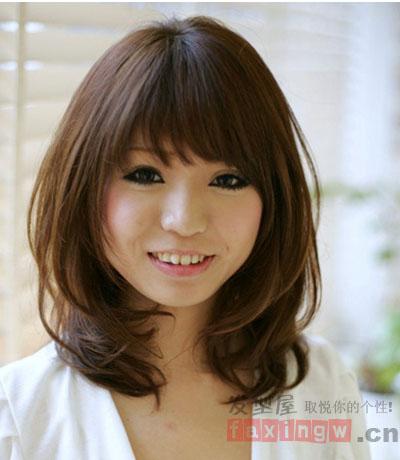 亚麻色头发图片 秋冬季节时尚百搭