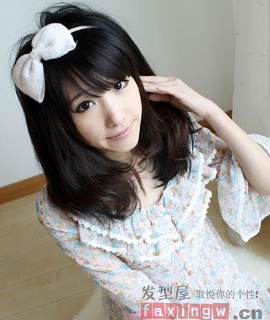 日系风校园女生发型 甜美可爱校花范儿