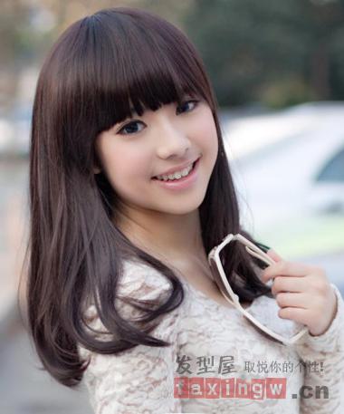 大圆脸克星 齐刘海梨花头发型最给力图片