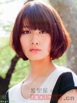 方脸适合什么发型 甜美日式短发魔力瘦脸图片