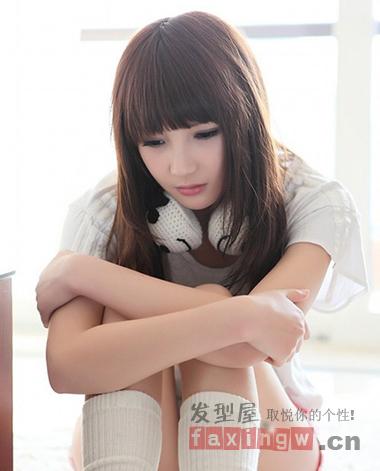 夏季圆脸最适合的发型图片 齐刘海梨花头修颜首选图片