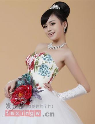 流行美新娘盘发发型 浪漫国庆做美新娘