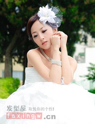 唯美的婚纱照新娘发型 浪漫金秋