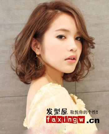 2013年流行中短卷发 适合圆脸的蓬松感发型图片图片