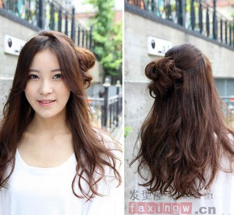 韩国中长发烫发发型 侧分长刘海修出精致鹅蛋脸