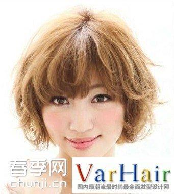 圆脸女生短发烫发 圆脸女生短发发型 圆脸女生短发新发型