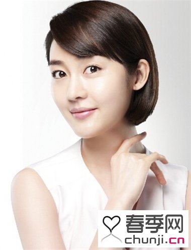 导读:短发是现在女生发型中的一个热点,喜欢短发的图片