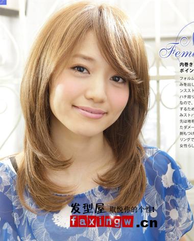 大脸圆脸女生适合什么发型 显瘦中长烫发图片推荐图片