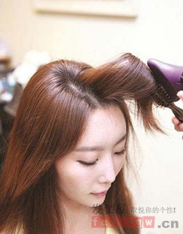 韩式ol低马尾发型扎法 冬季浪漫小清新