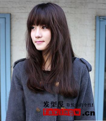 大圆脸适合的发型图片分享 2012修颜发型轻松塑造图片