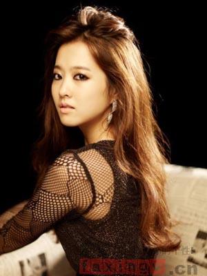 韩式最新披肩发烫发 甜美发型气质重塑图片