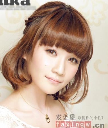 圆脸女生适合的齐刘海发型 巧搭刘海超瘦脸图片