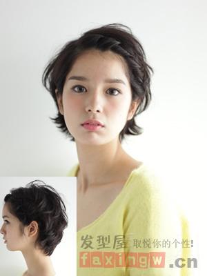 甜美刘海编发教程 扎出可爱短发造型图片