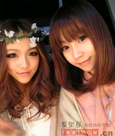 中长发可以很百搭,齐刘海梨花头vs中分中长卷发,棕色系的染发