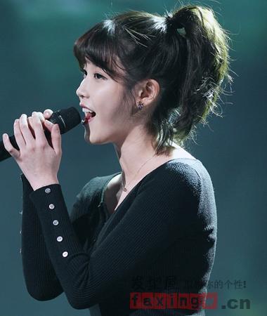 脖子短适合扎什么发型 简单韩式发型扎法显气质