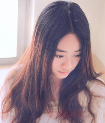 大脸女生适合的长发发型