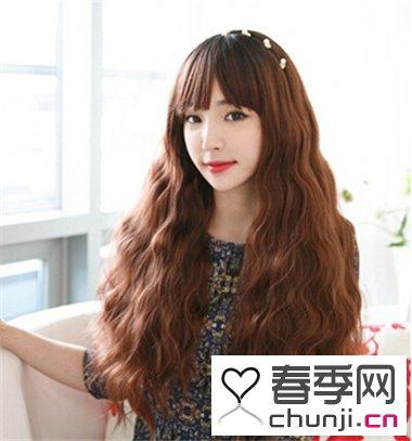 长发女生流行什么烫发 清新韩式蛋卷头最时尚图片