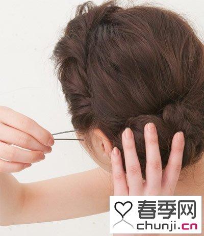 图片女性卷发头绳盘发中长卷发简单视频步骤职场盘发编发大全红色图片