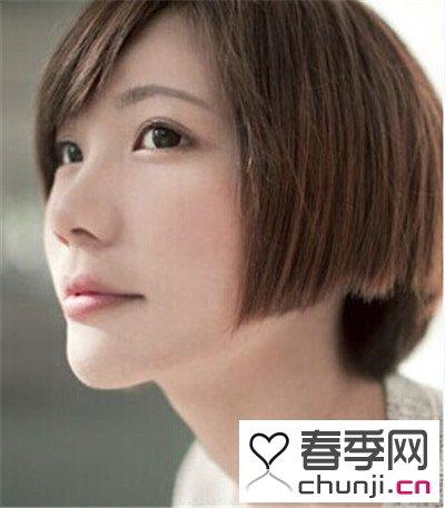 波波头,韩味十足,斜刘海搭配超短的直发,精致剪裁,修剪出清晰的层次感图片