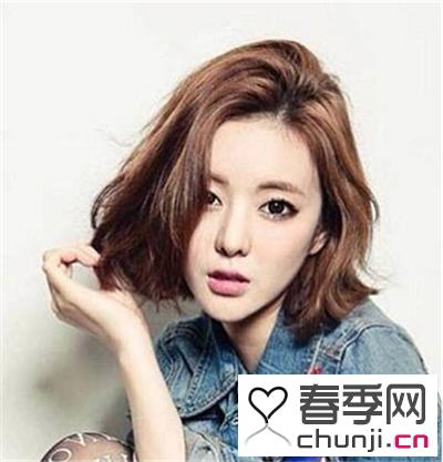 窄额头女生流行什么发型 潮流短发修颜显时尚