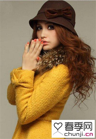 分类导航 生活百科 美容时尚 发型 > 长发女生今年流行烫发图片 展图片
