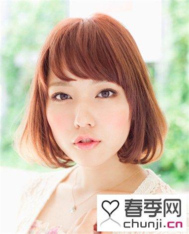 波波头的由来及发展 今年女生时尚短发波波头发型图片
