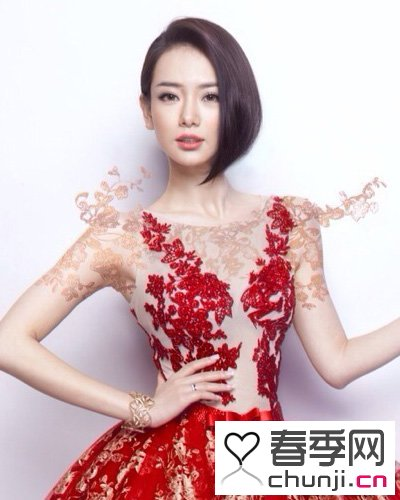 短发新娘适合什么样的发型 女神戚薇示范短发新娘发型