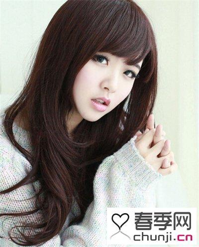 今年女生流行烫发发型 长发与中长发你喜欢哪款图片