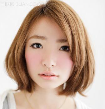 圆脸女生适合什么发型图片